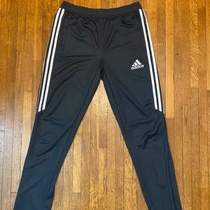 Adidas ClimaCool jogger pant young men's XL